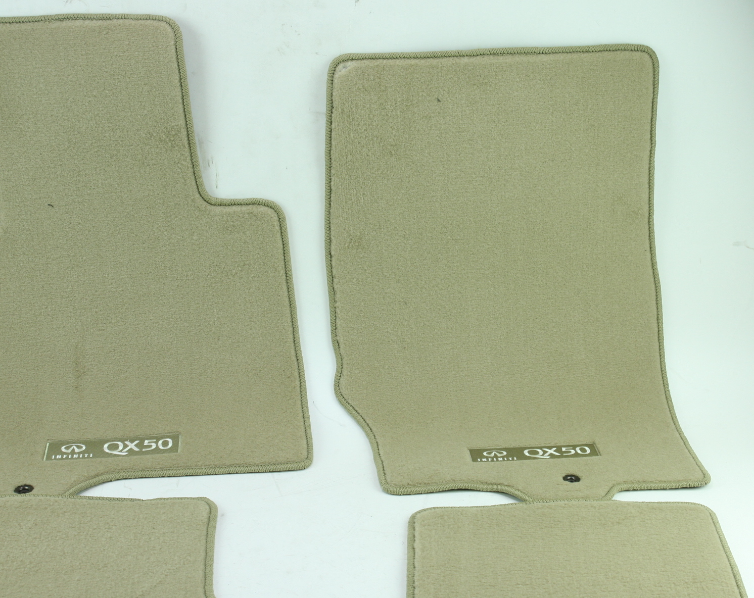 ** Genuine Infiniti Floor Mats Carpeted Wheat Nissan G4900-1UR4J New OEM - image 5
