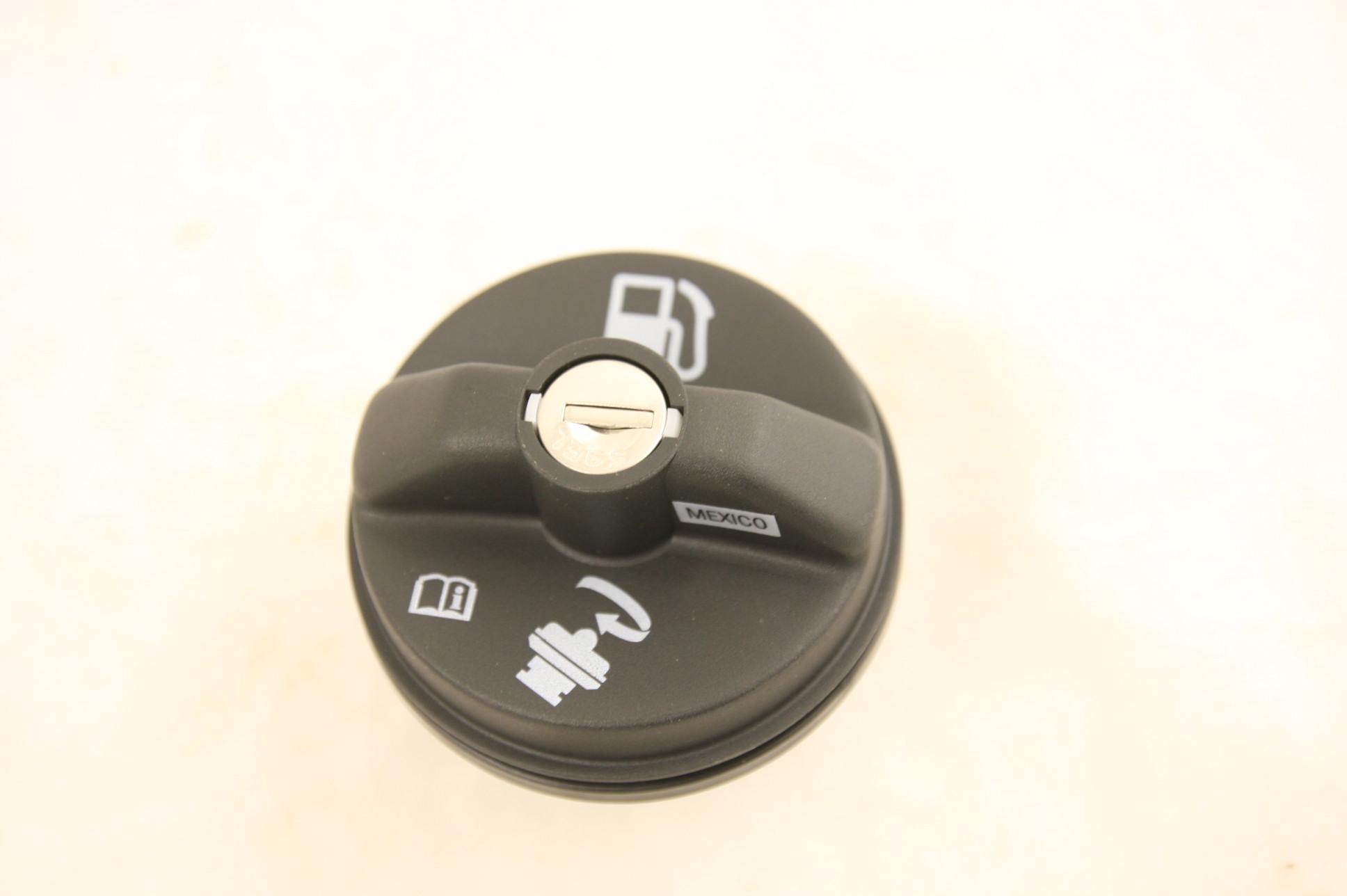 New OEM Original ACDelco Fuel Tank Cap Cap Locking Gas Cap 22720375 GT270 NIP - image 4