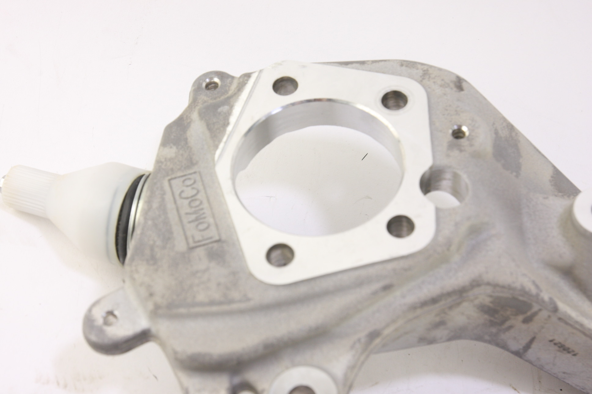 * New OEM Motorcraft MEF70 Steering Knuckle Front Left Ford 4W4Z3K186BA - image 4