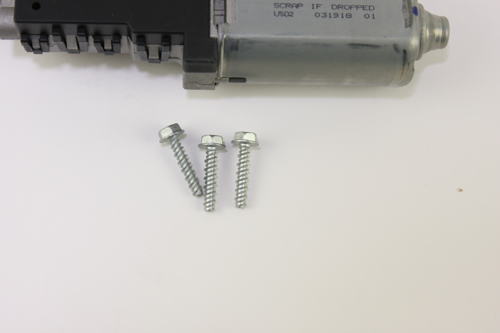 New OEM Motorcraft MM1038 Sliding Roof Motor Sunroof Ford BB5Z15790A NIP - image 5