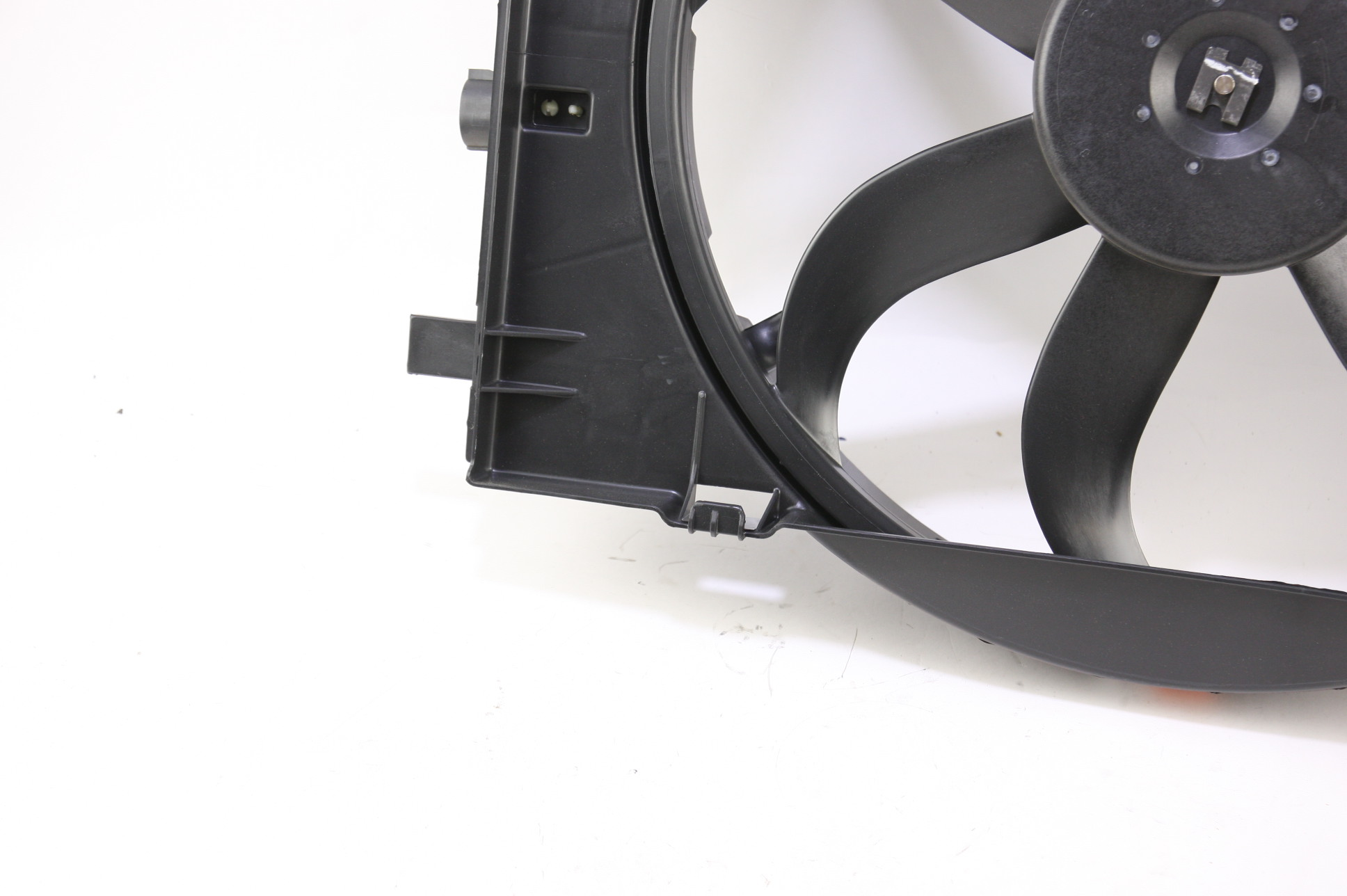 New OEM Motorcraft RF240 7E5Z8C607A Ford Fusion 06-09 Radiator Support & A/C Fan - image 5