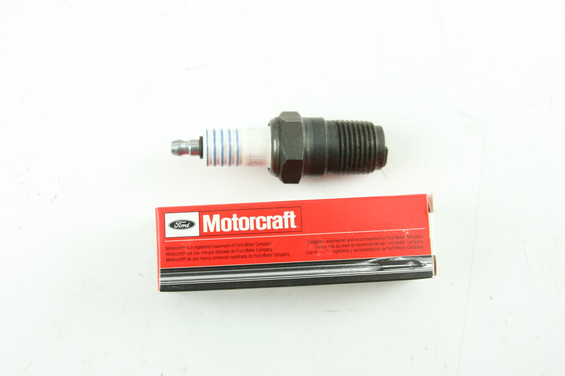 ** New OEM Motorcraft SP465 Ford F11 Spark Plug Fast Free Shipping