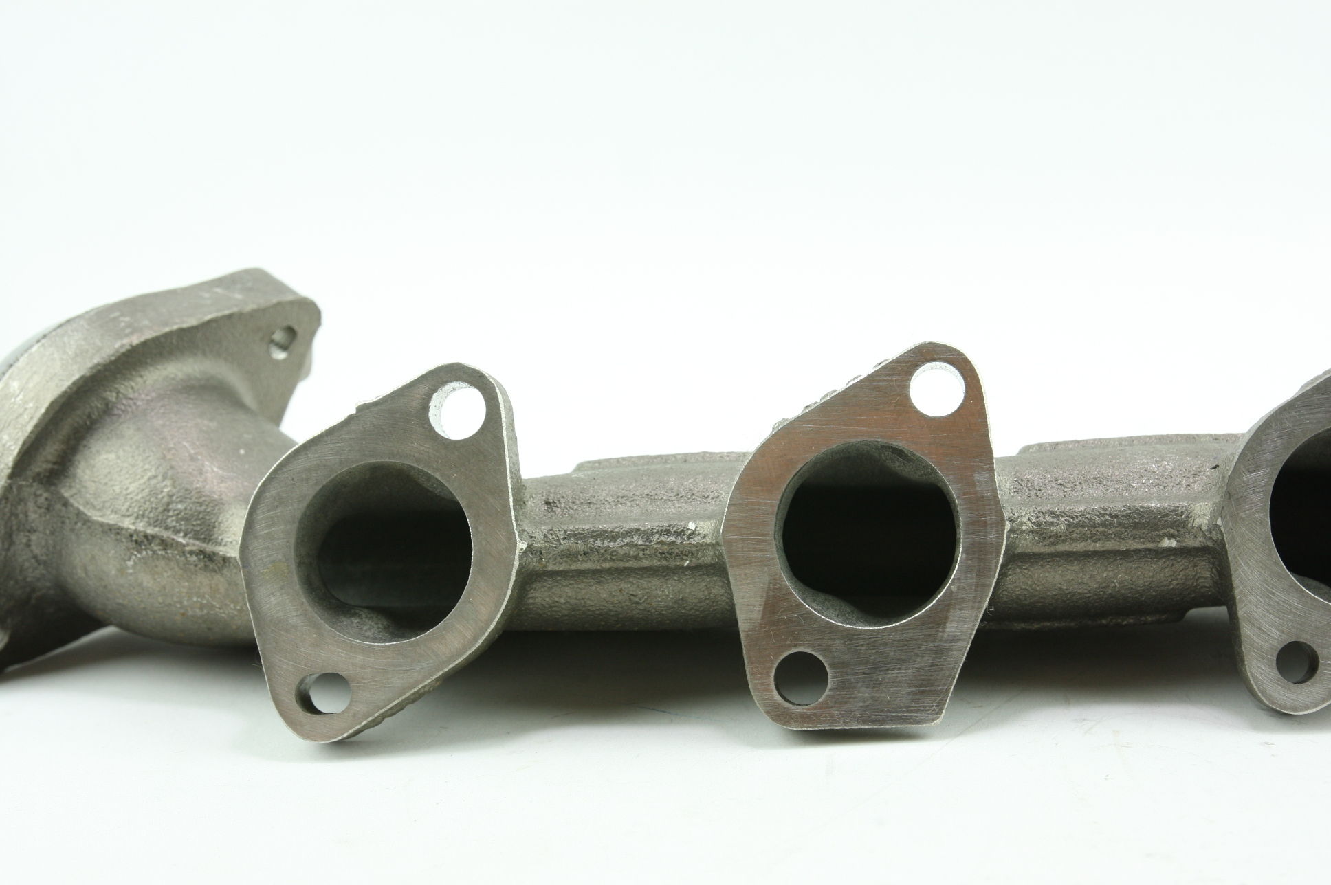 * New OEM YC2Z9430AA Ford 00-14 Super Duty 6.8L V10 Exhaust Manifold Free Ship! - image 3