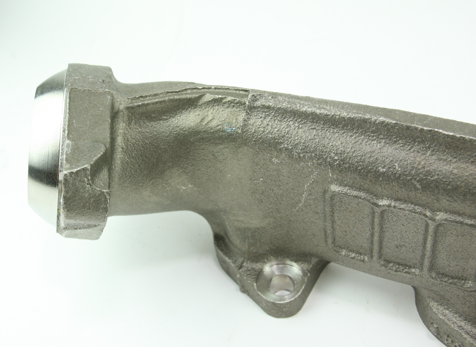 **** New OEM YC2Z9430AA Ford 00-14 Super Duty 6.8L V10 Exhaust Manifold - image 12